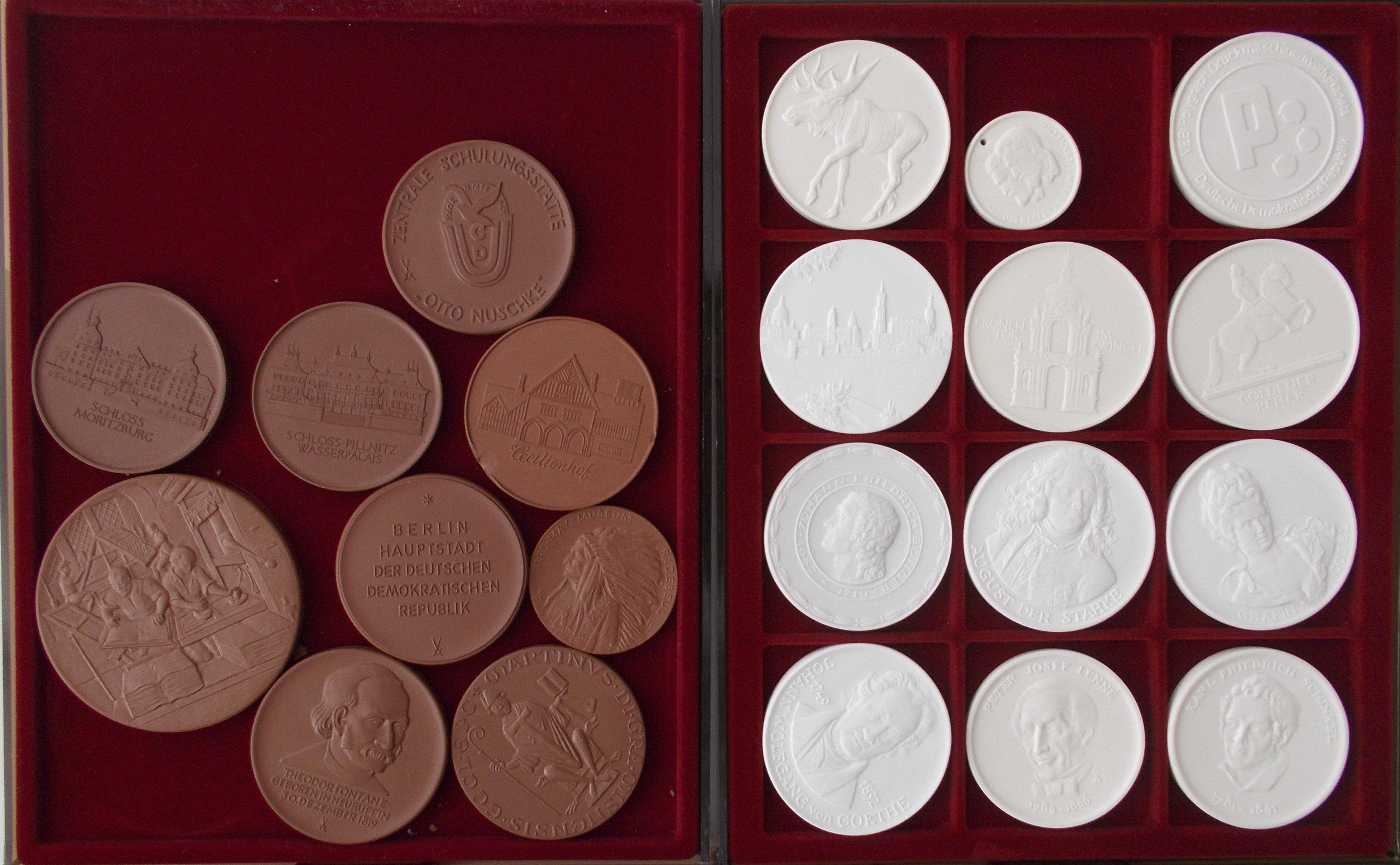 Lot 02848 - Medaillen Deutschland | Münzen  -  Auktionshaus Christoph Gärtner GmbH & Co. KG Sale #48 The Coins & The Picture Post Cards